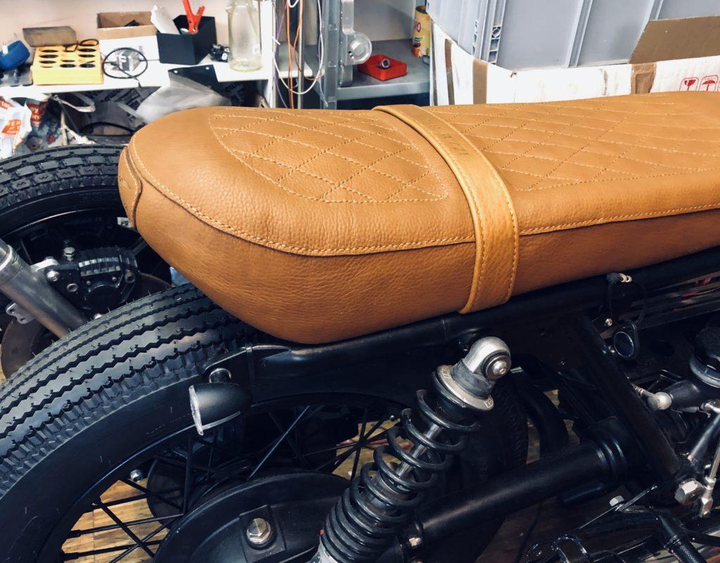 Motorradsattel Leder Moto Guzzi Scrambler Götz Manufaktur