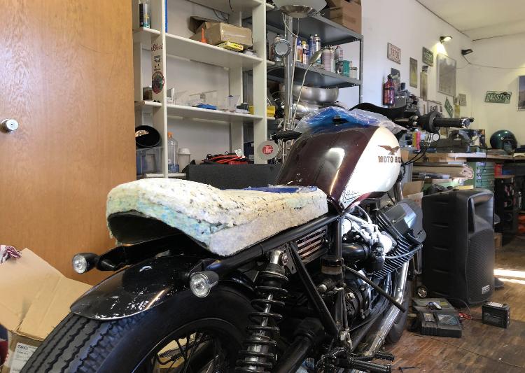 Moto Guzzi Ledersattel Götz Manufaktur